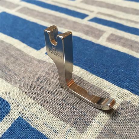 Right Hand Narrow Cording Industrial Zipper Foot Image 1