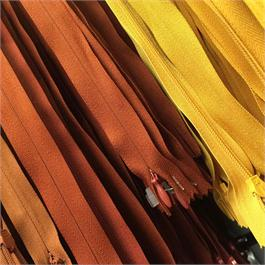 23cm Polyester Concealed Zip thumbnail