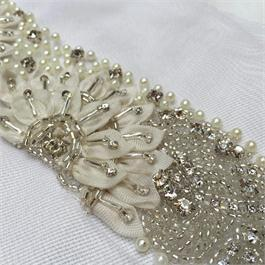 Crystal, Pearl & Ribbon Band Thumbnail Image 1