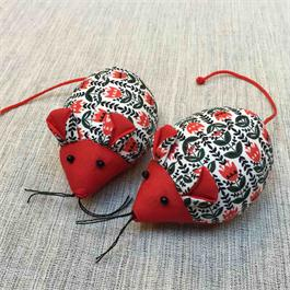 Mouse Pincushion thumbnail