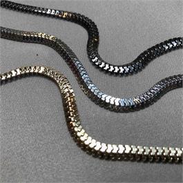 Narrow Iron Chain thumbnail