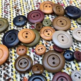 2-Hole Dyed Wooden Button thumbnail