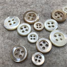 Thick 4-Hole Shell Button thumbnail