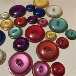Dyed 2-Hole Polyester Button thumbnail