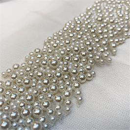 Multi Size Pearl Beaded Trim thumbnail