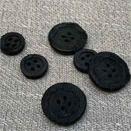 Italian Recycled Leather 4-Hole Button thumbnail