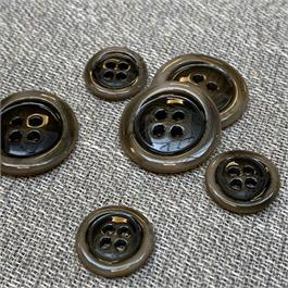 Italian Aged and Varnished 4-Hole Corozo Button thumbnail