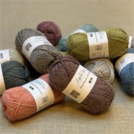 Blacker Lyonesse Linen/Wool DK thumbnail