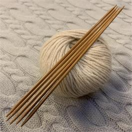 20cm SeeKnit Koshitsu Double Pointed 3mm Bamboo Needles thumbnail